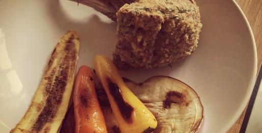 carre-agneau-croute-sarriette-legumes-plancha